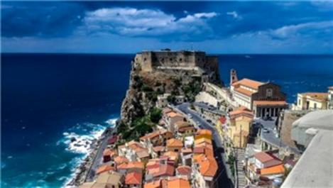 İtalya'da koronasız kasabada evler 1 dolar!