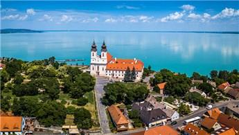 Macaristan'da 10 bin euroya ev sahibi olma imkanı!