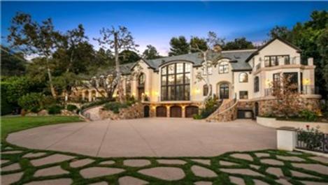 Los Angeles'taki malikanesini 184 milyon TL'ye satıyor!