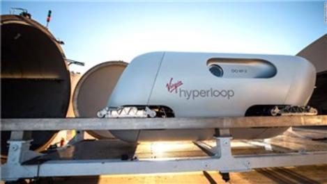 Virgin Hyperloop, yolcu dolu kapsülle sürüş yaptı!