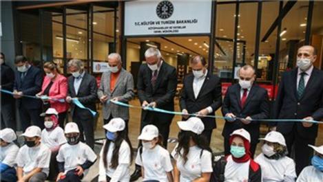 Türkiye'nin 4. AVM kütüphanesi İstanbul'da açıldı