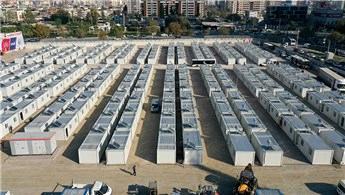 Depremzedeler geçici konaklama merkezine yerleşti