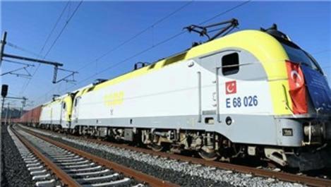 Çin'e gidecek ilk ihracat treni İstanbul'dan uğurlandı
