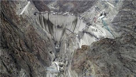 Yusufeli Barajı'nda gövde yüksekliği 256 metreye ulaştı