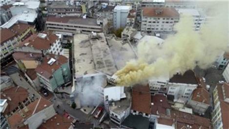 Bursa Osmangazi'de AVM yangını!