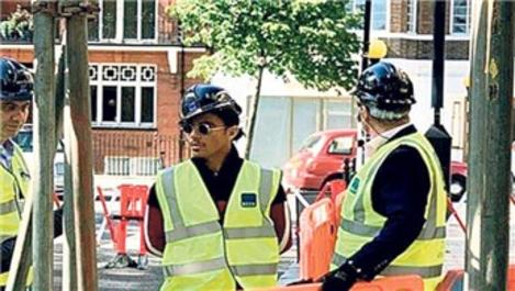 Nusret Gökçe Londra'daki dükkanı için 850 bin TL'ye müdür arıyor