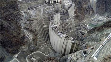 Yusufeli Barajı'nda son 15 metre!