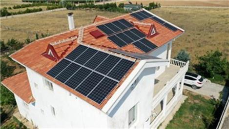 Konutlarda güneşten elektrik üretmenin bedeli 750 dolar!