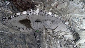 Yusufeli Barajı'nda son 10 metre!