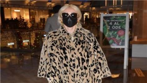 Gülşen, 35 bin TL'lik kıyafetiyle İstinye Park AVM'yi gezdi!
