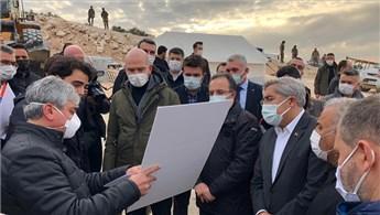 Bakan Soylu, İdlib'de yapılan briket evleri inceledi!
