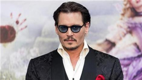 Johnny Depp'in Los Angeles'taki evine hırsız girdi!