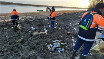 İstanbul'un barajları 40 ton atıktan temizlendi