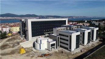 Gölcük Yeni Devlet Hastanesi'nin inşaatı hızla tamamlanıyor