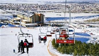 Palandöken Kayak Merkezi'ne ilgi büyük!