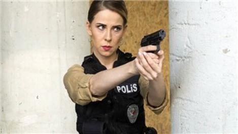 Arka Sokaklar'daki Selin komiserin evine hırsız girdi!