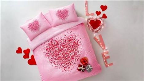 Taç'tan Sevgililer Günü'ne özel tasarımlar!