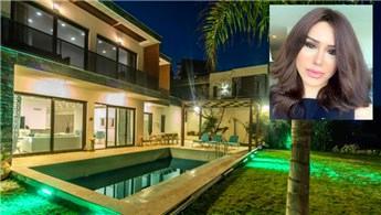 Şarkıcı Ceylan Bodrum'daki lüks villasını satıyor!