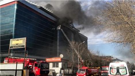 Dudullu Organize Sanayi Bölgesi'nde fabrika yangını!