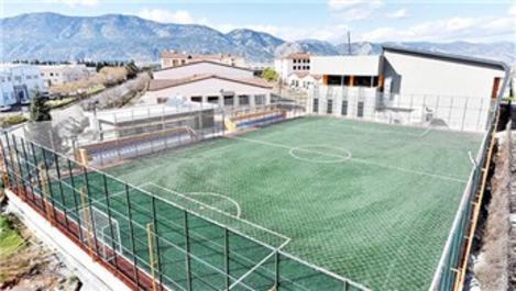Antalya OSB'ye uluslararası standartlar spor alanları!