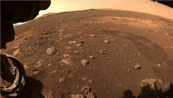 NASA'nın Perseverance'ı Mars'ta yürümeye başladı!