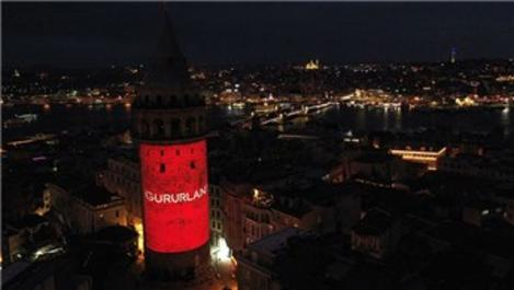 İstiklal Marşı'nın 100. yılına özel Galata Kulesi'nde gösteri!