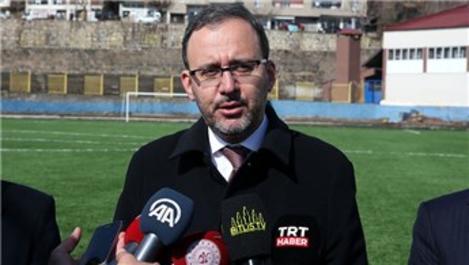 Bakan Kasapoğlu, Bitlis 8 Ağustos Stadı'nı inceledi