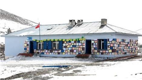 THY çalışanları Ağrı'ya 9 kütüphane ve 1 anaokulu kazandırdı