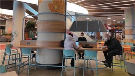 İsfanbul'un Workstation bölümü mesailere ev sahipliği yapıyor