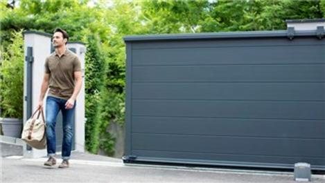 Somfy motorlu bahçe kapıları tek tuşla hayatı kolaylaştırıyor