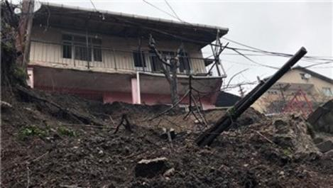Zonguldak'ta istinat duvarı yıkıldı, vatandaşlar tedirgin!