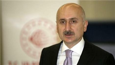 ''Kanal İstanbul, Boğaz'daki riskleri en aza indirecek''