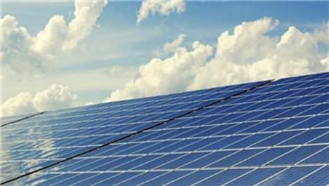 Rüzgar ve güneş enerjisi kömürün tahtını salladı