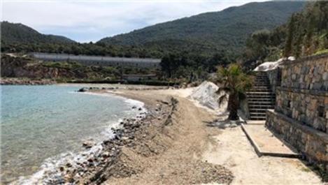 Bodrum'da sahile dökülen mermer tozu kaldırıldı