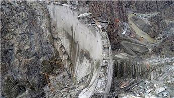 Yusufeli Barajı'nda gövde yüksekliği 275 metreye ulaştı