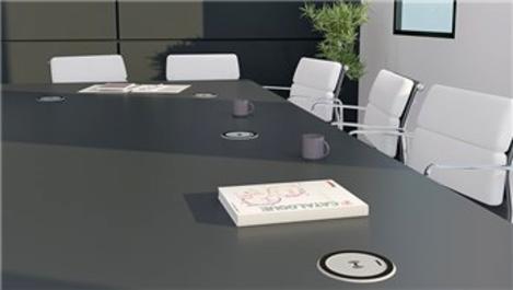 Legrand masa üstü kablosuz şarj cihazı hayatı kolaylaştırıyor