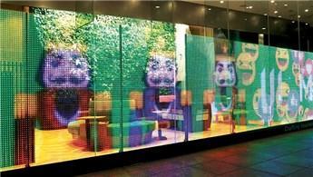 LG Transparan Led Ekran, kaliteli görüntü vadediyor