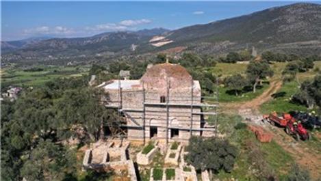 600 yıllık Yelli Cami restorasyonla eski ihtişamına kavuşuyor