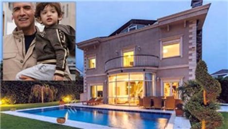 Özcan Deniz, 12 milyon TL'ye Zekeriyaköy'den villa aldı
