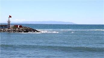 Marmara'da rüzgarın etkisiyle deniz salyaları dağıldı!