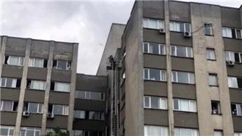 İstanbul Tıp Fakültesi'nde yangın paniği!