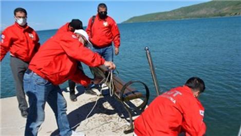 Van Gölü'ndeki temizleme çalışmalarından banklar çıkarıldı!