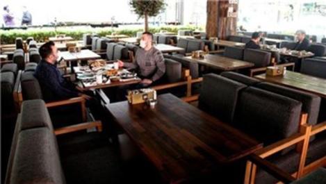 Kafe ve restoranlar 49 gün sonra yeniden açılıyor