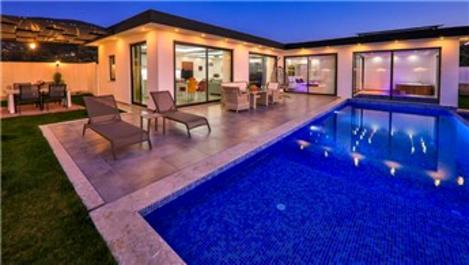 Antalya'da havuzlu villaların günlüğü 2 bin TL'ye ulaştı