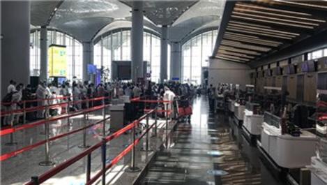 İstanbul Havalimanı'nda uçuş ve yolcu sayısı arttı