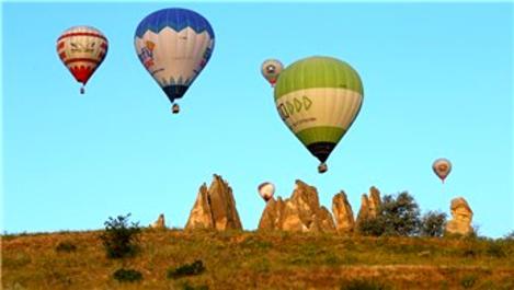 Kapadokya'da sıcak hava balonlarıyla görsel şölen!