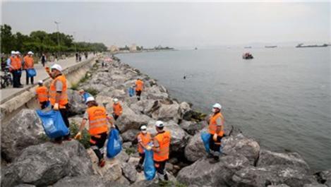 Zeytinburnu'nda deniz dibi ve kıyı temizliği yapıldı