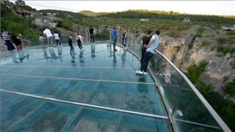 Türkiye'nin ilk cam terası yeniden ziyarete açıldı!