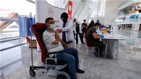 Ankara YHT Garı'nda Kovid-19 aşısı yapılmaya başlandı