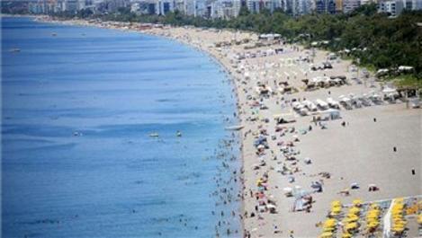 Antalya'da turist sayısı artıyor, turizmciler mutlu!